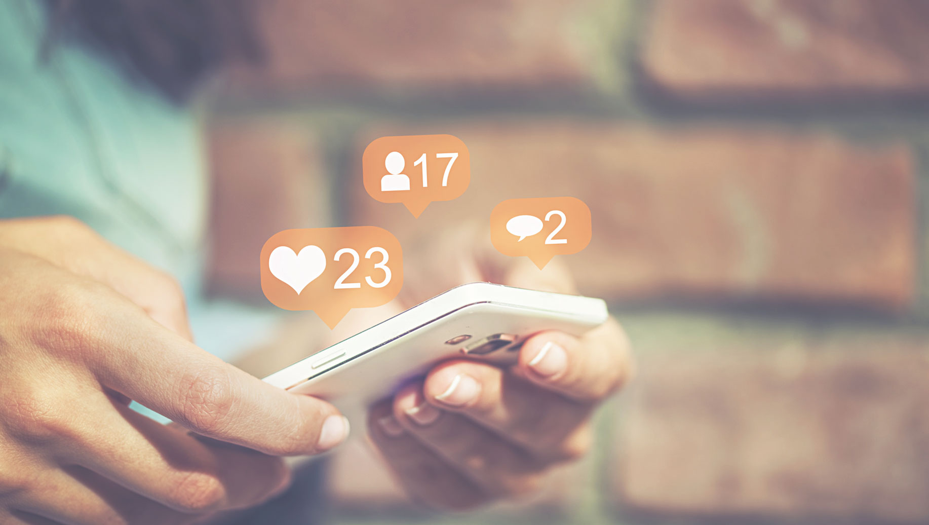 6 Example Social Media Posts For Insurance Agents To Try Right Now